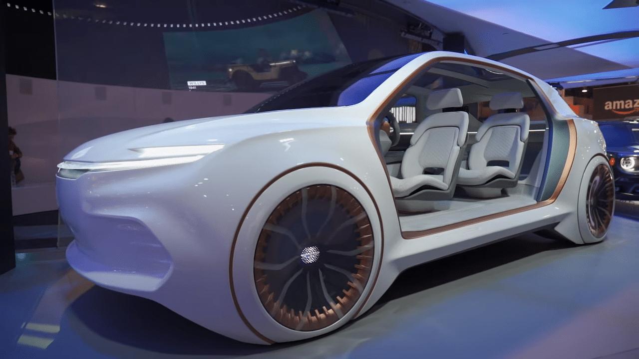 كرايسلر تظهر لمستها في معرض CES عن طريق سيارة Airflow Vision