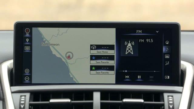 شاشة لكزس NX 2021